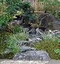 【飛石】景石と同じ地元奈良県産の生駒石。